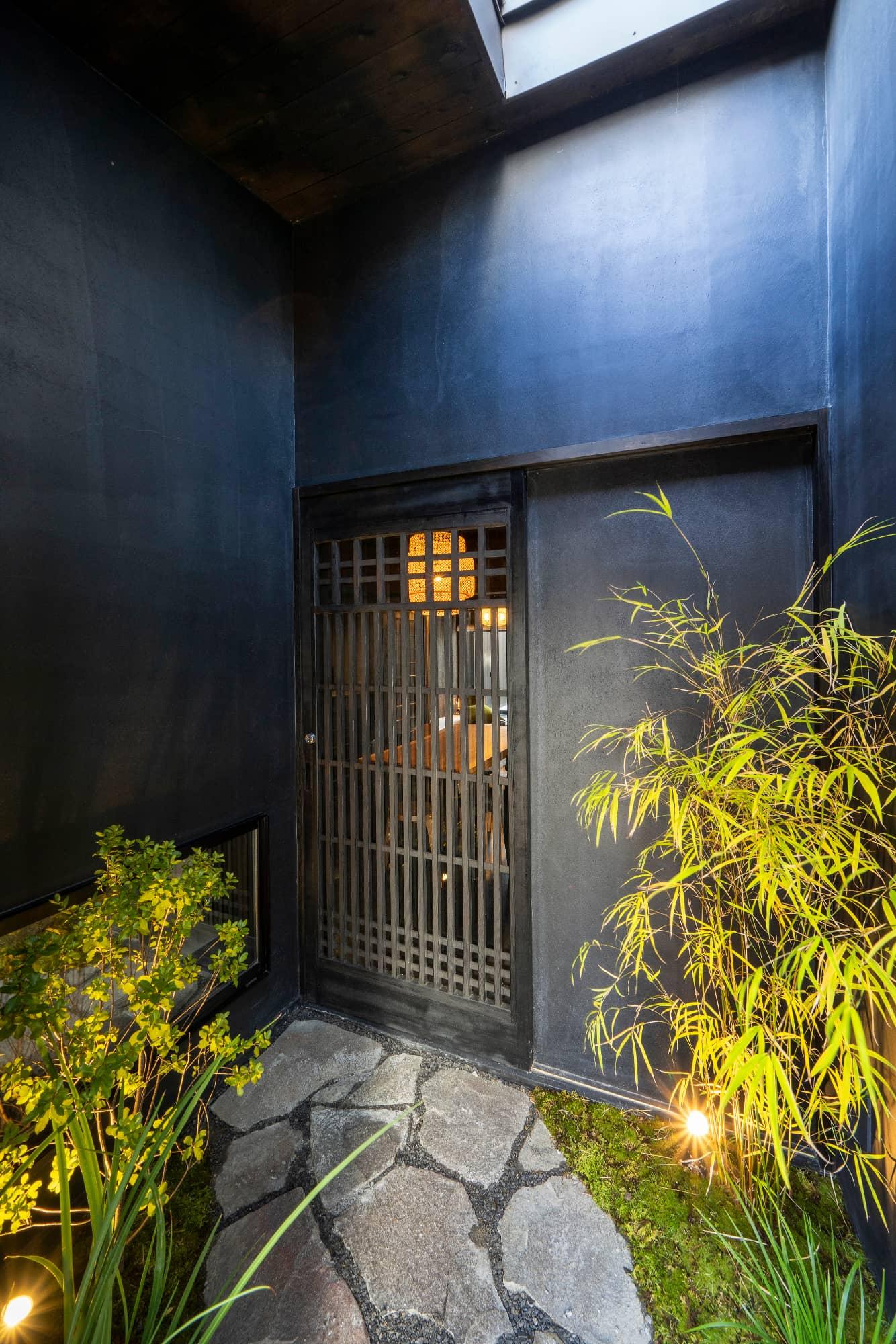 三十三間堂 宵の竹 – よいのたけ